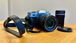 Fujifilm X-T10 Mirrorless Digital Camera Silver w/ XF18-55mm Lens Bundle