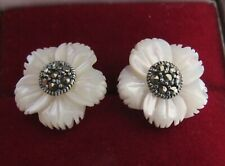 GORGEOUS STAMPED 925 SILVER CARVED MOTHER OF PEARL 2 IN 1 COCKTAIL STUD EARRINGS