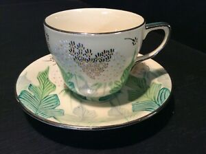 SUSIE COOPER FOR GRAYS POTTERY ? PATTERN 'A985'  A GOOD LUSTRE TEA CUP & SAUCER