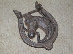 ANTIQUE VINTAGE CAST IRON HORSE SHOE HORSE HEAD DOOR KNOCKER.