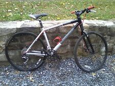Cannondale Street 700c Hybrid Bike With Headtube Shock, Silver/Gray/Black, 18 Sp