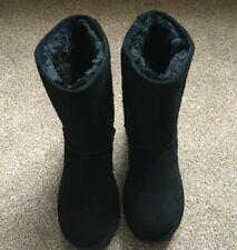 Bearpaw Ladies Elle Short winter Boots Womens Black Size 7 With Box