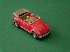 Wiking Germany VW Käfer 1300 rot Cabrio mit Figuren in beige H0 1:87 Volkswagen