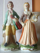 Personnages couple de musiciens en porcelaine, collection