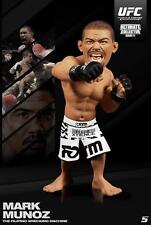 MARK MUNOZ ROUND 5 UFC SERIES 11 REGULAR EDITION ULTIMATE COLLECTORS FIGURE MINT
