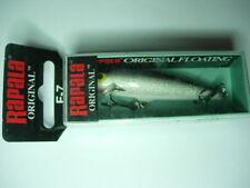 1 Appâts, leurres et mouches argentées pour la pêche