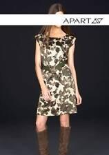 Neu mit Etikett Satin Etui-Kleid von Apart, Gr. 34 khaki gemustert