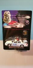 ROAD CHAMPS (43034) 1:43 SCALE DIECAST METAL NYPD 1999 FORD POLICE CAR