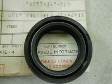 Honda NOS CR80, 1980-81, Oil Seal 30x42x11, # 91255-169-003   d1