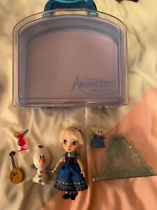 Disney store animator playset frozen Elsa.