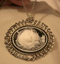 Lovely Swirled Rim Silvertone Two Girls Sisters Friends Cameo Pendant Necklace