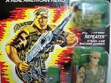 D0505289 REPEATER MOC MINT ON FACTORY SEALED CARD W/ STAR CASE GI JOE