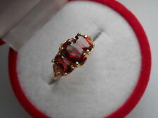 VINTAGE 10K YELLOW GOLD AND THREE OVAL CUT NATURAL GARNET RING SIZE 7 NOT SCRAP