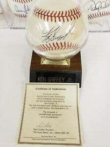 Ken Griffey Jr  Signed MLB Official Baseball