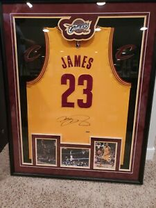 Autographed, Professionally framed LEBRON JAMES Cleveland Cavaliers Jersey COA