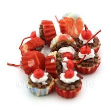 4x Miniature chocolate y cereza Cupcakes con tazas de papel rojo y azul