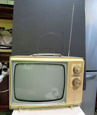 """New listing Vintage Zenith 2 Tone Portable 12"""" Television Tv No Reserve"""