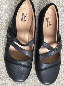 Ladies Clarks Black Flat Comfortable Shoes, Hook & Loop, Size 6