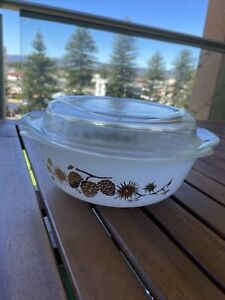 Made In Australia Vintage Agee Pyrex Dish With Lid