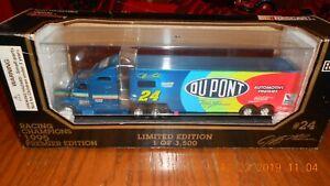 Jeff Gordon #24 Dupont Team Transporter 1995 Racing Champions 1:64 Scale NASCAR