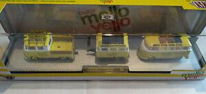 M2 Machines Coca Cola Mello Yello  Volkswagen Double Cab Microbus Chase (carton)
