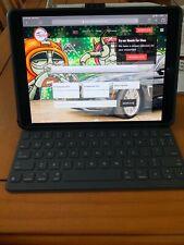 Pristine Apple iPad Pro WiFi + Cellular Unlocked No Scratch