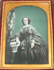 AMBROTYPE WOMAN, EXQUISITE TINTING. CRISP IMAGE, 1/2 PLATE, FULL LEATHER CASE.