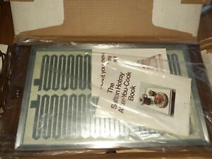 "NIB Vintage Salton Hotray Glass Hot Plate Food Warming Tray The ""900"" H-920"