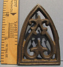 AUTHENTIC OLD CAST IRON TOY TRIVET * DIFF. TRIANGLE SHAPE * FREE USA SHIP * T376