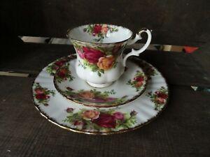 Royal Albert Old Country Roses 3 teiliges Kaffee-Tee-Mocca Gedeck