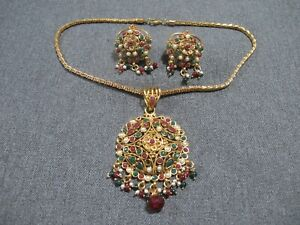 Vintage faux pearls & beads bollywood necklace + stud earrings with dangles