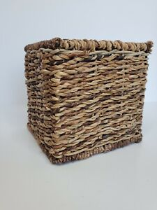 Vintage Wicker Tissue Box Cover Square Cube Brown Basket Woven Boho Rattan Nice