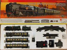 Hornby R1087 OO Gauge Venice Simplon Orient Express British Pullman Train Set