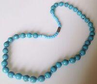collier vintage tout de perles de turquoise attache pas de vis 477