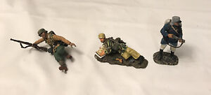 Vintage Soldier Miniature. Broken and Missing pieces(2 Thomas Gunn)