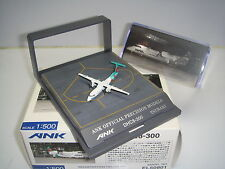 "Hogan 500 Air Nippon ANK DHC 8-300 ""Tsubaki color - Display Case"" 1:500 NG"