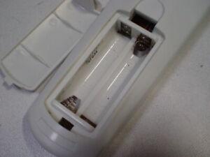 DEFEKT REVITIVE Fernbedienung für IX Batterien ausgelaufen, siehe Fotos -0