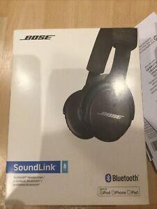 Bose SoundLink Wireless On the Ear Headphones - Black / Blue (714675-0010)