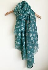 LADIES TURQUOISE GREEN  AUTUMN LEAVES LEAF PRINT FEATHERED EDGED SCARF WRAP AW16
