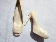 eb1cfd58 zapatos de tacón peep toes de Marypaz en color beige. Num 40