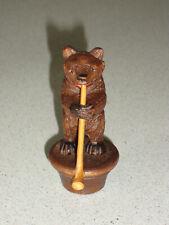 ancien bouchon ours en bois sculpté foret noire BLACK FOREST BEAR AVEC TROMPETTE