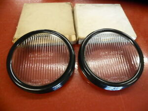 S & M LAMP CO. DRIVING FOG SPOT AUXILIARY LITE LIGHT GLASS LENS & BEZEL PAIR