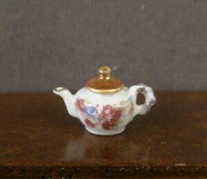 "1/2"" ~ HALF SCALE ~ PORCELAIN TEAPOT ~ Dollhouse ~ England ~1:24 scale - Marked"