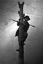 New 5x7 Civil War Photo: Union - Federal Soldier Cutting Telegraph Wire