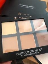 Anastasia Beverly Hills  Contour Kit Cream Contour Kit Palette  LIGHT