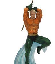 DC Gallery PVC Statue Aquaman 30 Cm Diamond Select Comics
