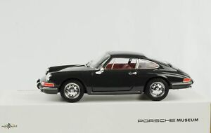 Porsche 911 Coupe Slate Grey Diecast 1:24 Welly Museum Map