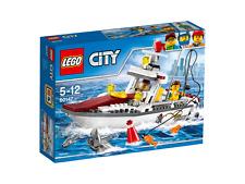 LEGO 60147 City Fishing Boat....The Boat Floats
