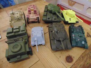 Plastic Tanks Electric Clockwork Unpowered Jeep Hetzer M-55 x 8