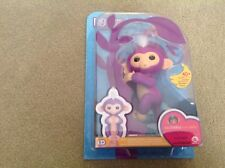WowWee Fingerlings purple Mia (genuine)